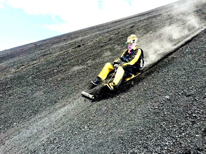 Darian-Wild-Nicaragua-volcano-boarding