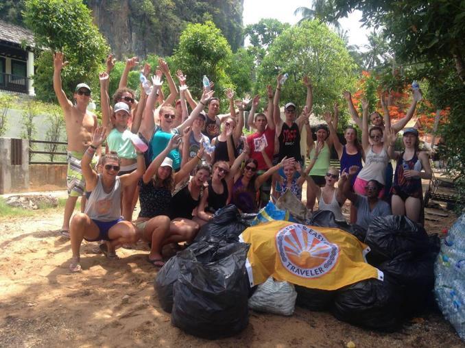 beach-clean-up-trash-hero