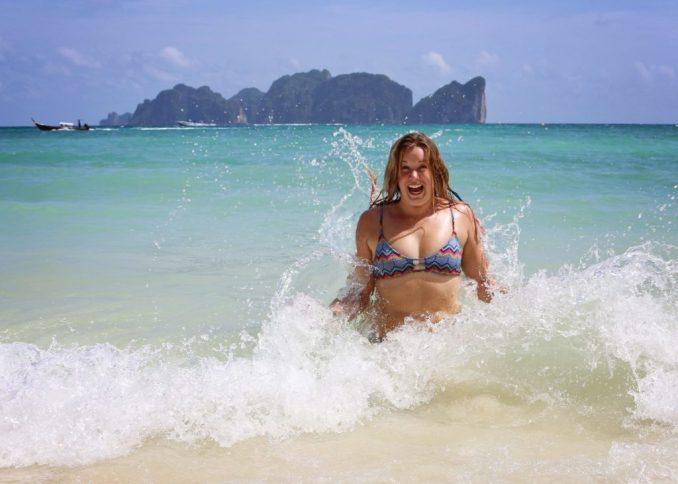 marielle-thailand-waves