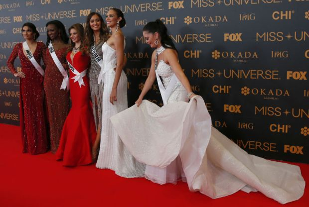 Sparkling Stars of the Universe Shine Bright in Philippines