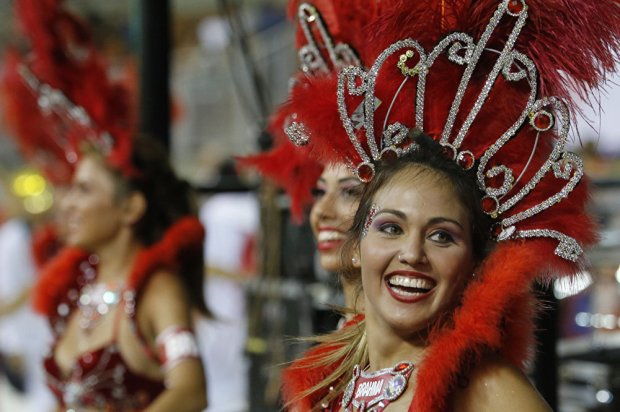 Hot Samba Rhythms and Flashflood of Colors: Carnival in Paraguay