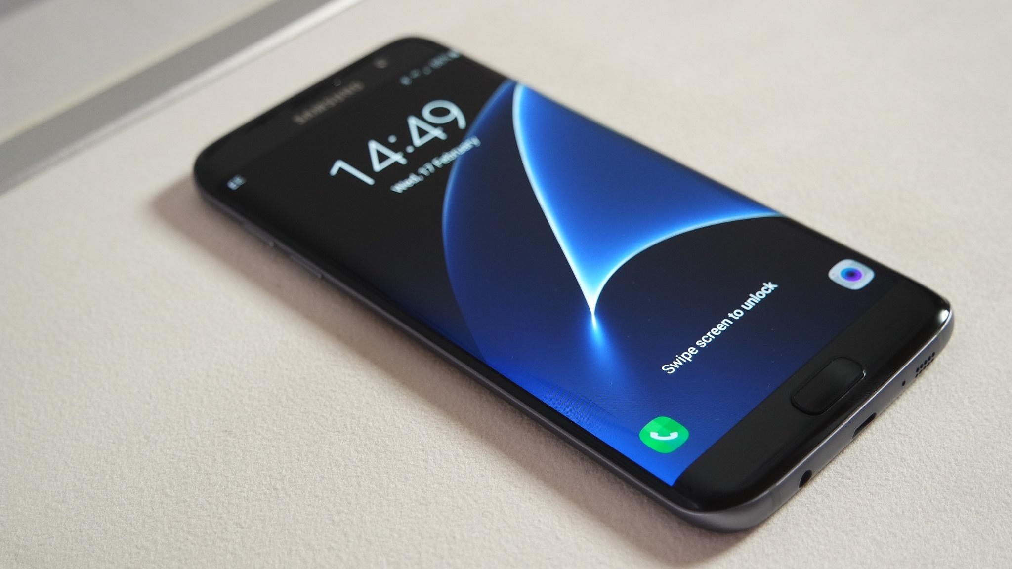 Samsung Galaxy S7 Edge negro delante