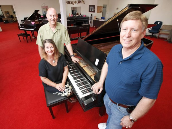 After almost 60 years, Oklahoma City's Albert Evans Piano ...