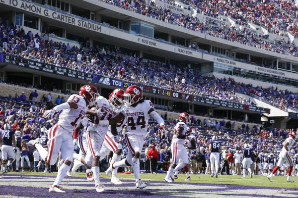 Kyler Murray, Sooners best TCU 52-27 - Photo Gallery