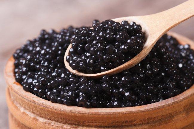 Un único pez que lo produce y más curiosidades por las que el caviar es tan caro | RSVPOnline