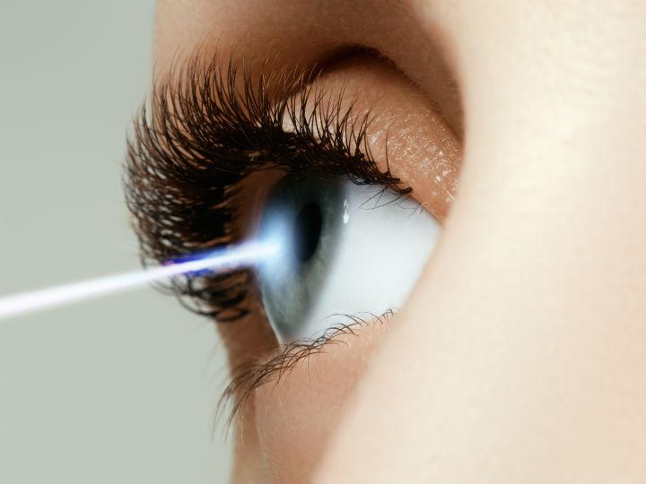 Crean gotas para corregir la miopía