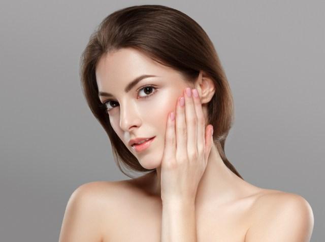 Prepara estas mascarillas para tener un rostro suave, evitar las arrugas y eliminar las manchas en la cara