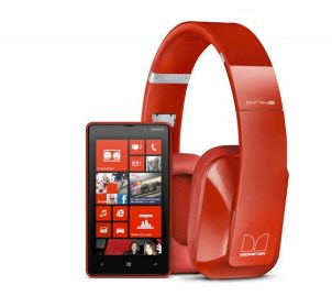 nokia-purity-pro-stereo-headset-by-monster-with-nokia-lumia-820