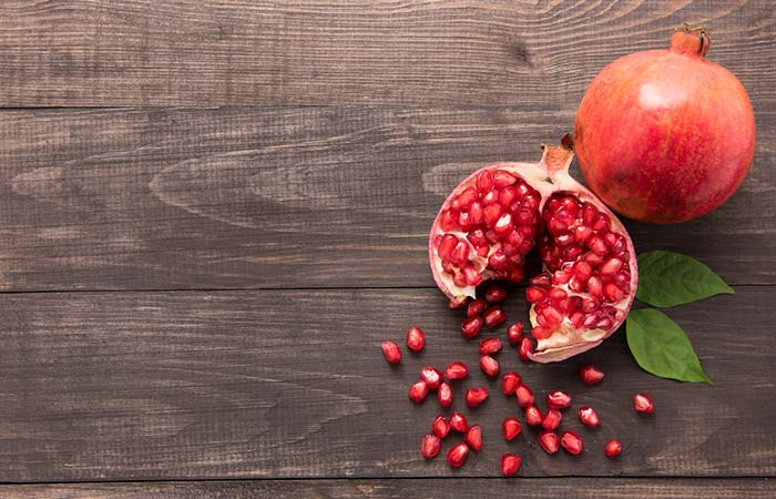 Pomegranate Seeds Mask To Get Soft Pink Lips