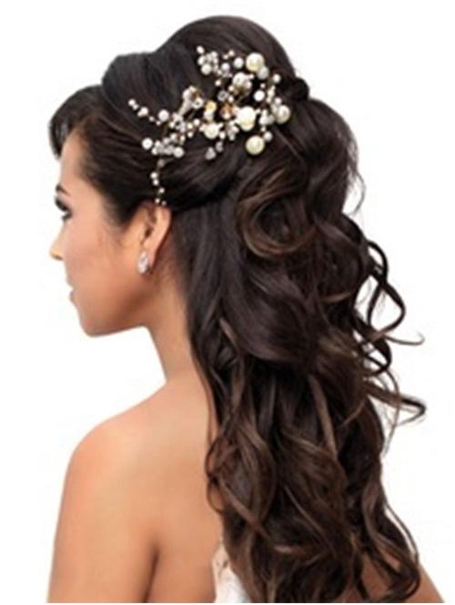curls in semi open