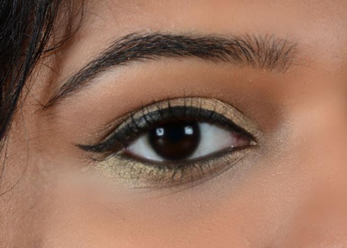 Gold Eye Makeup - Final Look