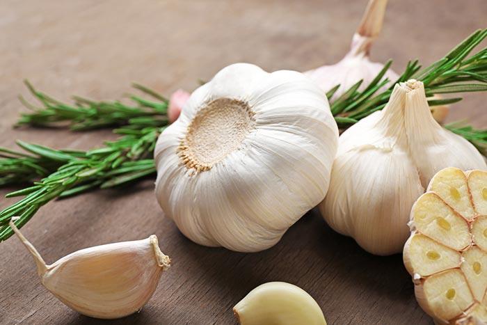 Garlic for vaginal odor