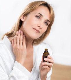 applying-orange-essential-oil-on-skin