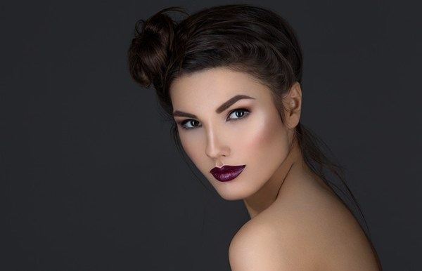 Go For The Right Makeup To Pull Off Dark Lips