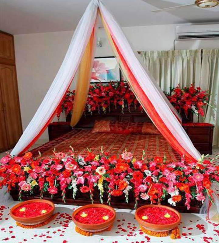 wedding night room decoration with