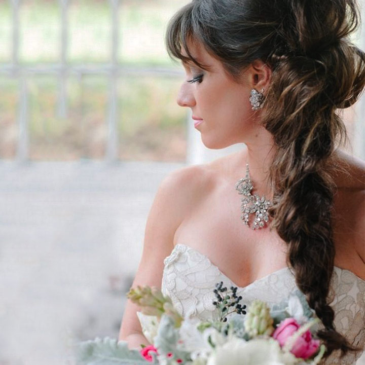 The Bridal Hairstyle For Round Face Beauties 7 Hairdos