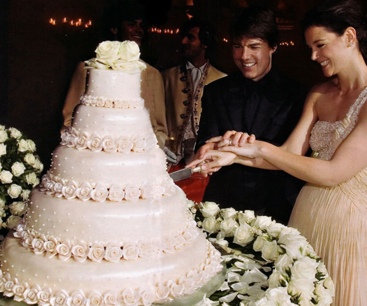 Celebrity Wedding Cakes  As Cool As The Stars Tom Cruise and Katie Holmes  Hollywood Celebrity Wedding Cakes