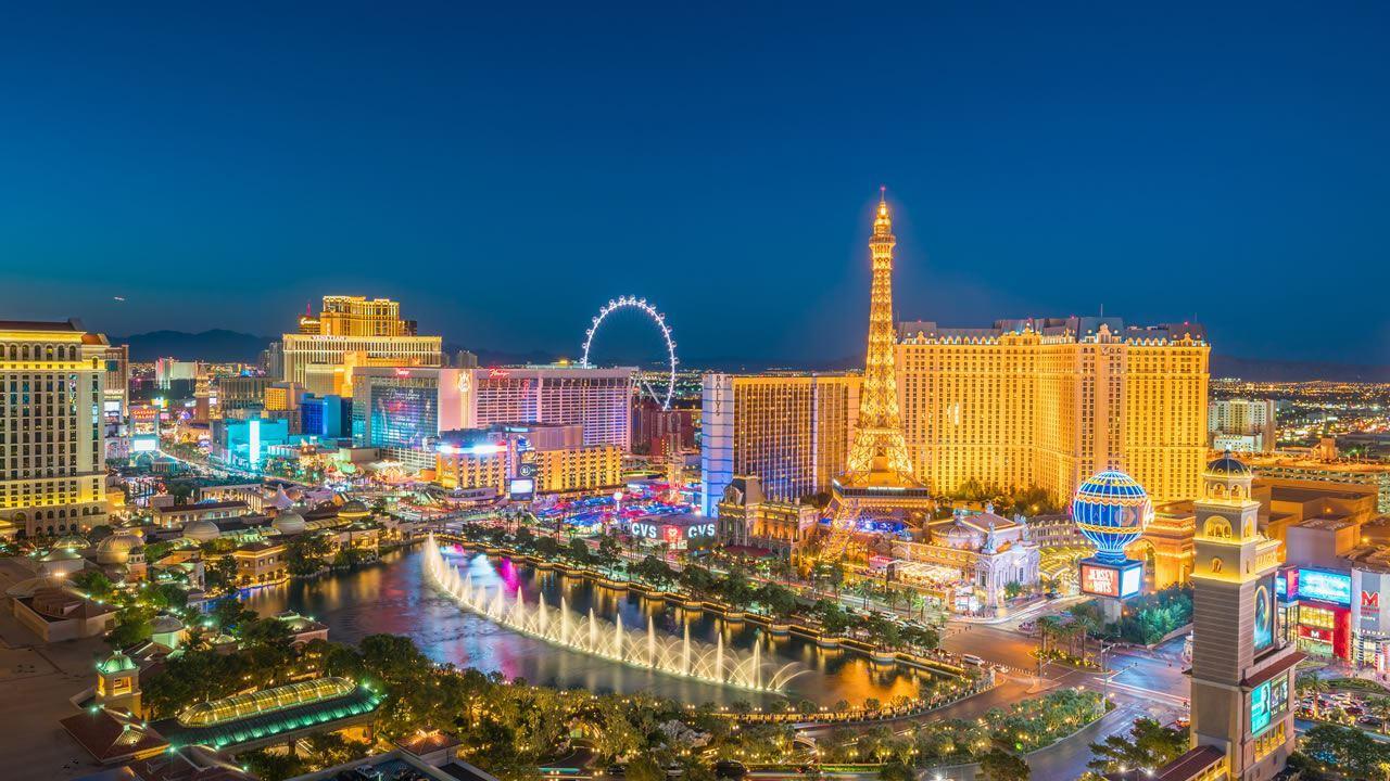 Vegas Weddings Elvis