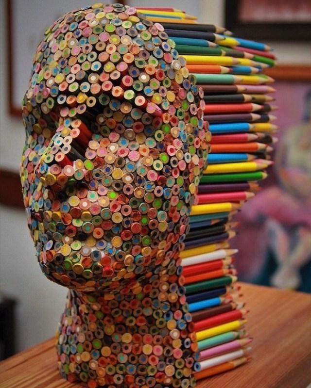 pencil-sculpture-color-blind-molly-gambardela2-580dbf0eb7853__700-2