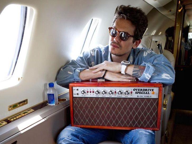 "14 32 - 14 famosos que se burlaron de sus ex en público. John Mayer llamó ""anciana"" a Jennifer Aniston"