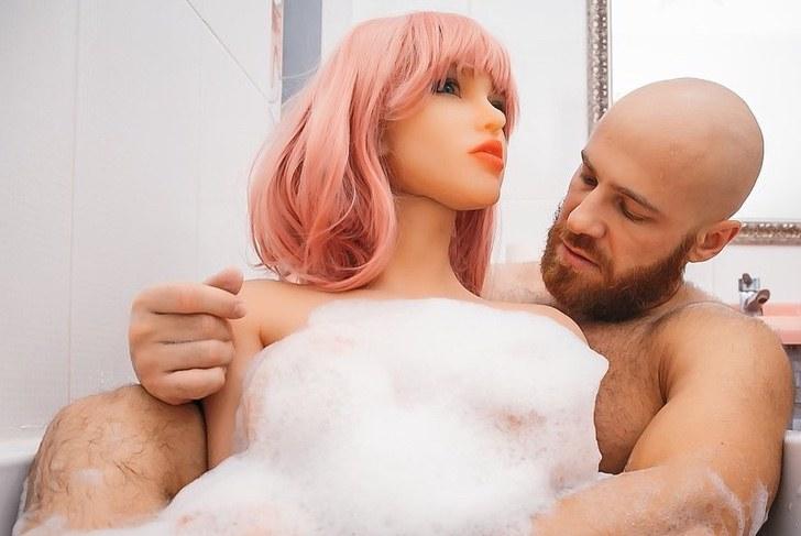 fisicoculturista pasara solito fiestas esposa plastico quebro estan reparando 2 - Quando finisce un amore: bodybuilder divorzia dalla sua bambola e annuncia il suo nuovo fidanzamento