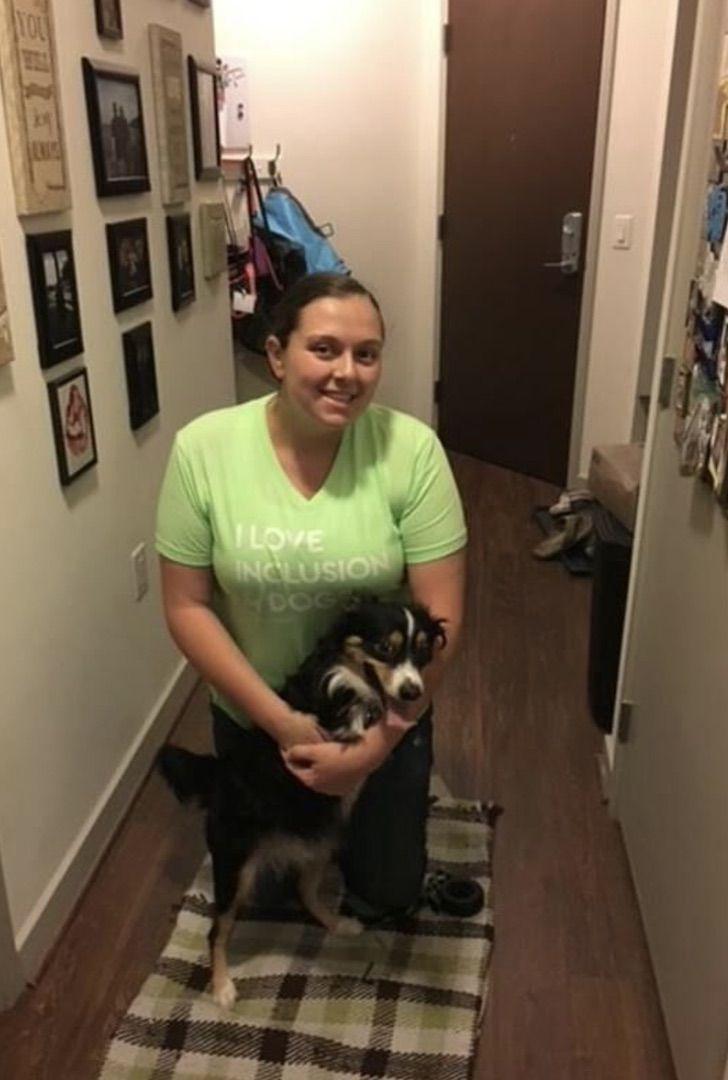 Captura de Pantalla 2021 04 21 a las 13.11.31 - Perro que nació sin patas frontales le enseña a estudiantes sobre la aceptación. Aprenden de bondad