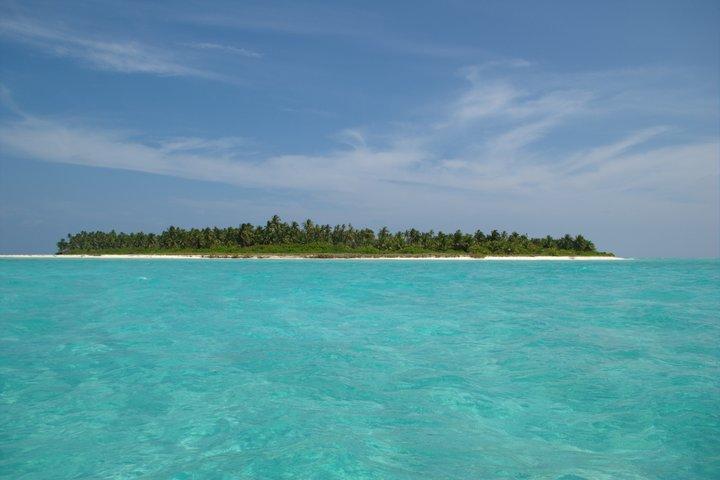 https://i1.wp.com/cdn2.walkthroughindia.com/wp-content/uploads/2012/10/Islands-of-lakshadweep.jpg