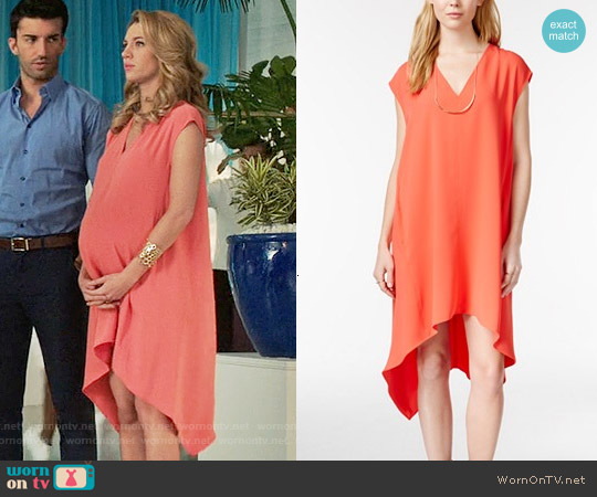 WornOnTV: Petra's Coral V-neck Dress On Jane The Virgin