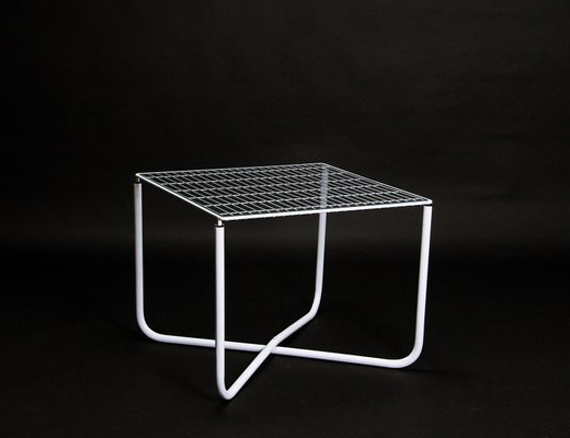 table jarpen blanche postmoderne par niels gammelgaard pour ikea 1983