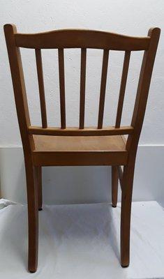 Le sedie anni '60 regalano un tocco vintage alle pareti domestiche e si adattano con facilità anche agli anbienti contemporanei. Sedia In Legno Anni 60 In Vendita Su Pamono