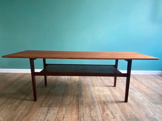 table basse scandinave a 2 niveaux en teck 1960s