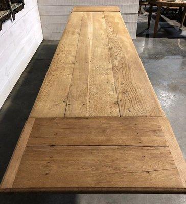 longue table de salle a manger refectoire de ferme en chene blanchi avec rallonges france