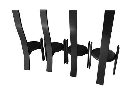 sedie in plastica sedie in plastica di design, di ogni colore e forma, pratiche e funzionali: Lacquered Wood Black Leather Golem Dining Chairs By Vico Magistretti For Poggi 1970s Set Of 4 For Sale At Pamono
