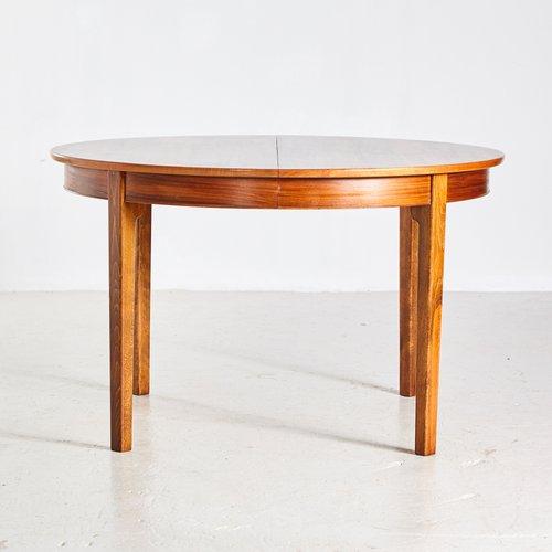Round Vintage Danish Walnut Dining Table 1960s En Vente