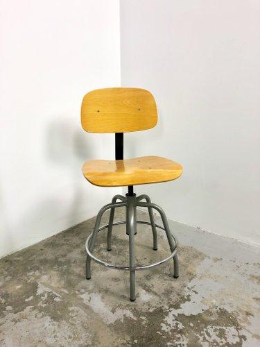 chaise de bureau industrielle en fer et bois 1950s
