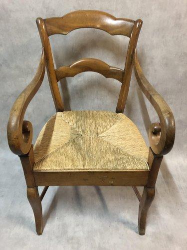 fauteuil ancien en noyer en paille
