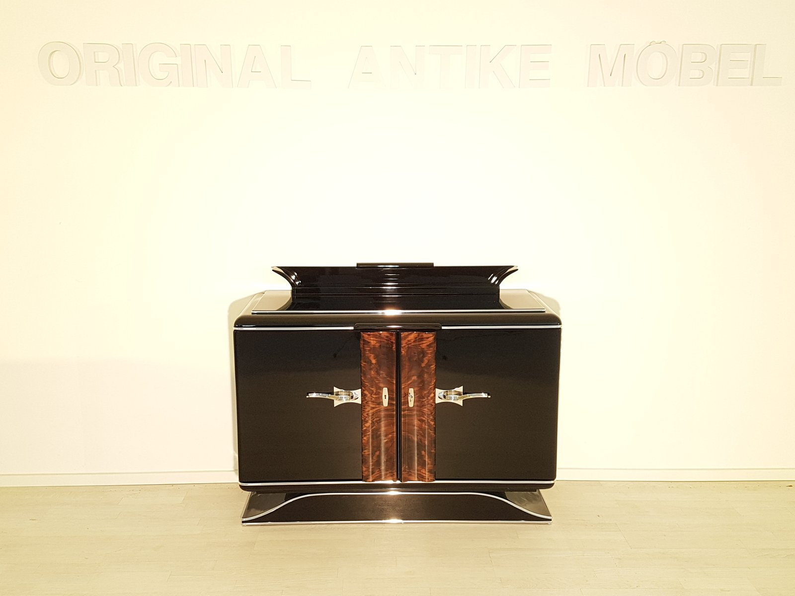 Art Deco Black Commode with Chrome Handles  1920s for sale at Pamono Art Deco Black Commode with Chrome Handles  1920s