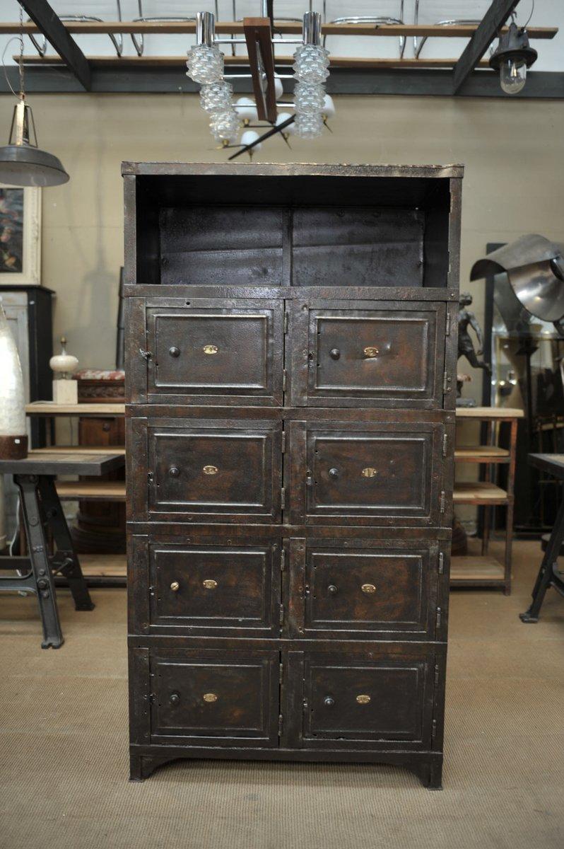 meuble vintage industriel en metal 1920s