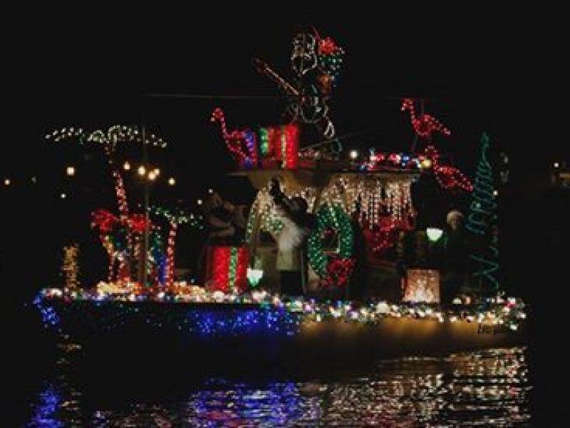 Eastport Yacht Club Lights Parade Wins USA Today Poll