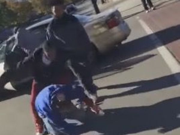 Trump Supporter Beaten in Chicago Street, Recorded on Video