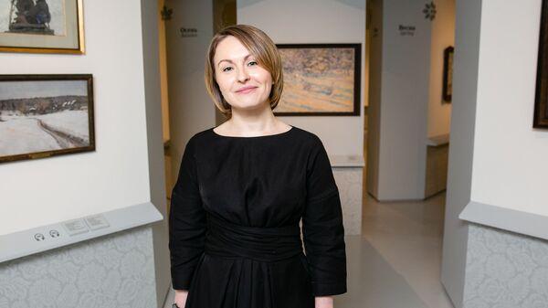 Куратор выставки Анастасия Винокурова