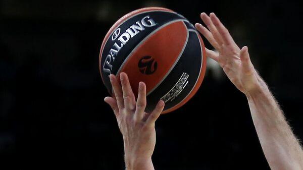 СМИ: баскетбольная Евролига в субботу обсудит будущее сезона с игроками