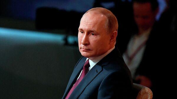 Путин примет участие в новогоднем вечере в Большом театре