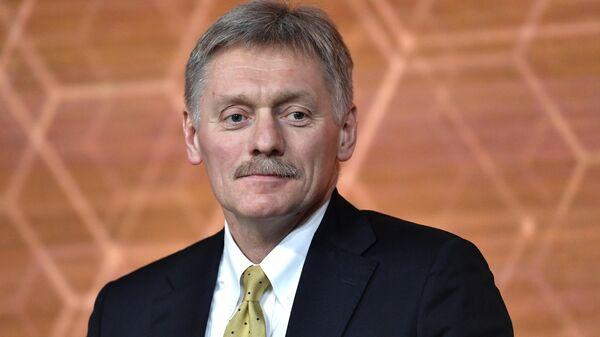 Песков: в Кремле не ознакомились с полной версией интервью Юмашева