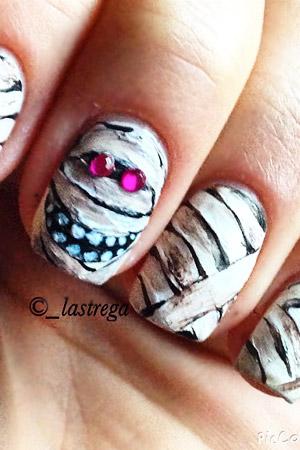 Zombie Nails From Lastrega