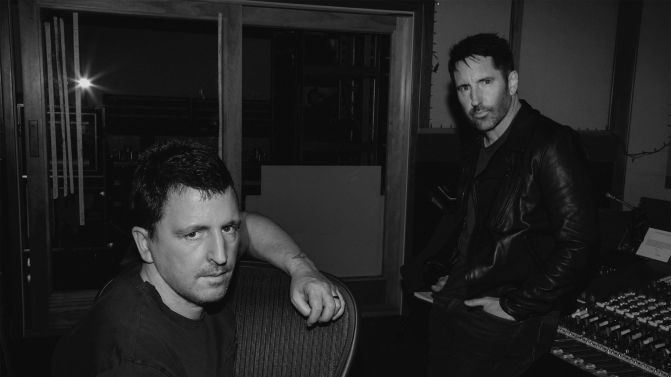 https://i1.wp.com/cdn3-www.musicfeeds.com.au/assets/uploads/nine-inch-nails-2017-source-facebook-671x377.jpg