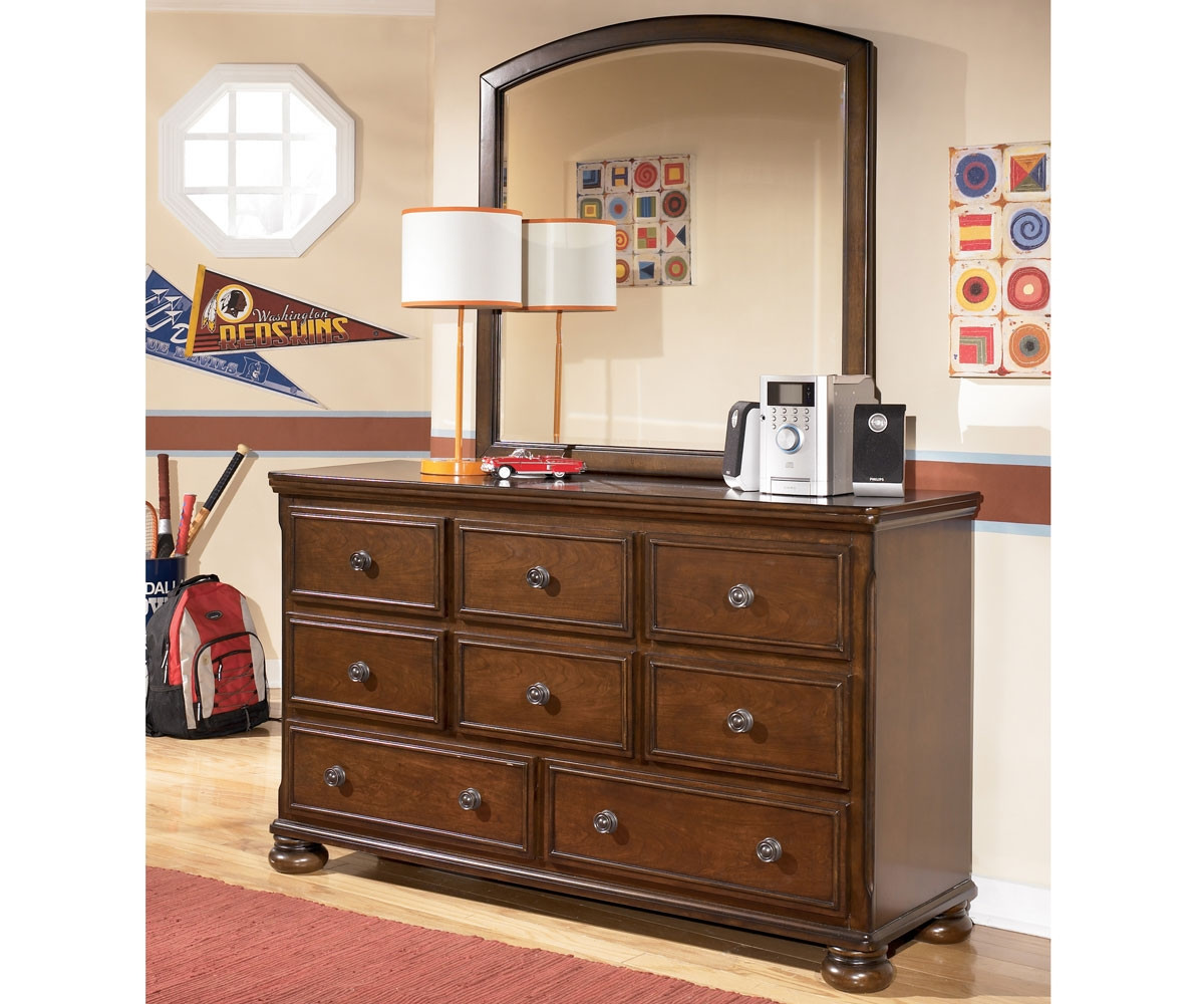 Ashley Portsquire Collection Dresser B397 21 Boys And