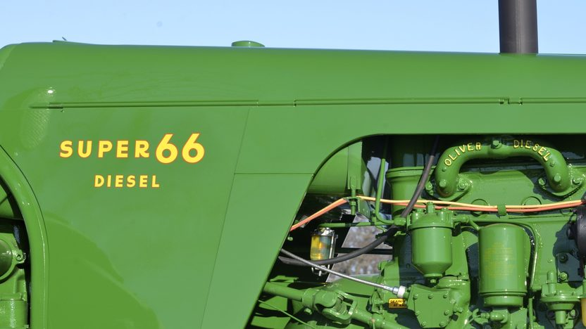 Oliver 66 Tractor Wide Front