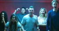 Trailer Funhouse Mengubah Pertunjukan Realitas Online Menjadi Mandi Darah