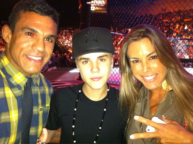 Justin Bieber Dana White Disagree How To Score UFC 132s